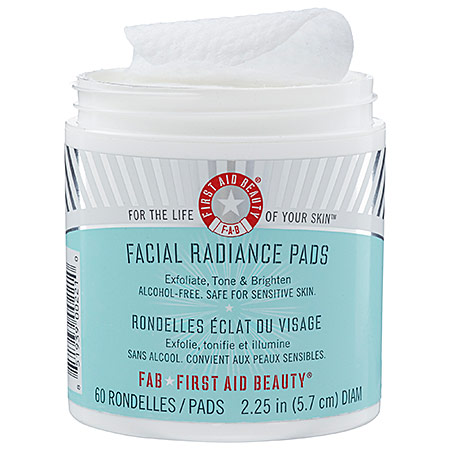 first-aid-beauty-facial-radiance-pads