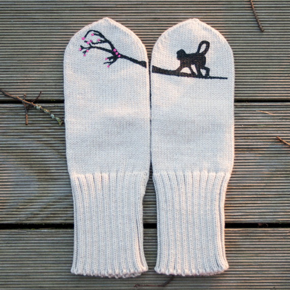 Black Monkey mittens